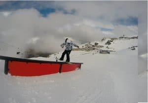 nomad snowboard, nomadsnowboard, bardoux joel, new zealand, snowboard blunt baggel, front side blunt baggel, Cardrona, Cardrona Snowboard, Cardrona Snowpark, down rail, blunt baggel down rail, blunt front side 270 out,