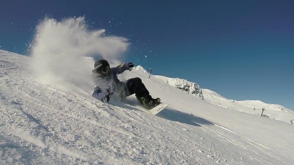 snowboard carving, snowboard elbow carve, snowboard backside carving