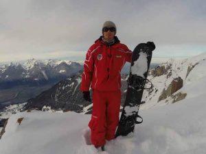 nomad snowboard, joel bardoux, uniforme de moniteur, moniteur de snowboard, Moniteur de snowboard Suisse,