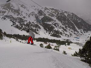 phase aerienne 2, snowboard, saut en bord de piste, side hit, nomad snowboard